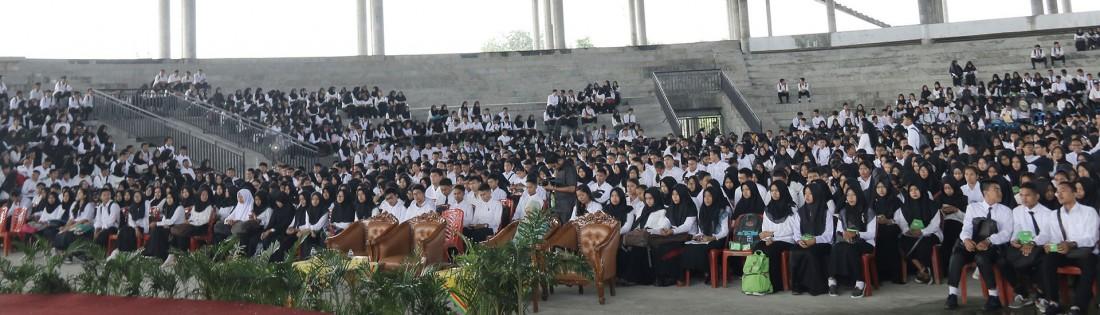 Suasana kuliah umum mahasiswa baru Universitas Riau tahun 2017