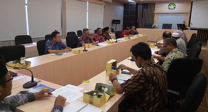 foto rapat persiapan kegiatan UR MONEV PK BLU (12 JULI 2017) (1)