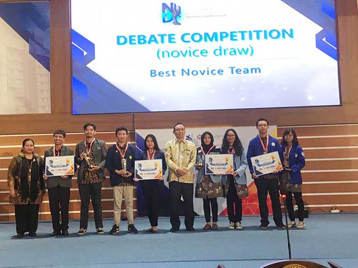 Delegasi Universitas Riau pada cara NUDC di Surabaya