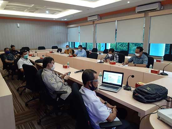 komunikasi antara pihak CSR Pertamina (Persero) dengan pihak UNRI (Sumber: HUMAS Universitas Riau)