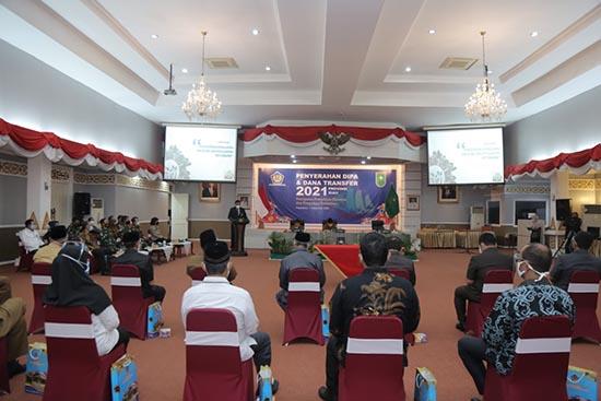 UNRI Terima Petikan DIPA Tahun Anggaran 2021 (Sumber: HUMAS Universitas Riau)