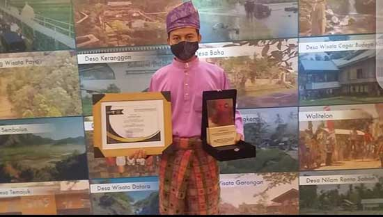 Kembangkan Desa Wisata Melalui Pelatihan dan Pendampingan SDM (Sumber: HUMAS Universitas Riau)