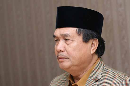 Prof Dr M Nur Mustafa MPd (Sumber: HUMAS Universitas Riau)